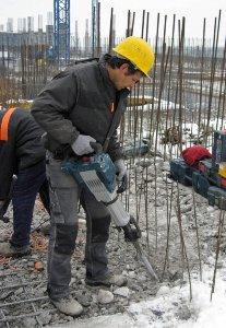 изкъртване на бетон на строителен обект